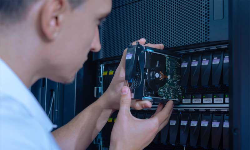 Serveria Hardware